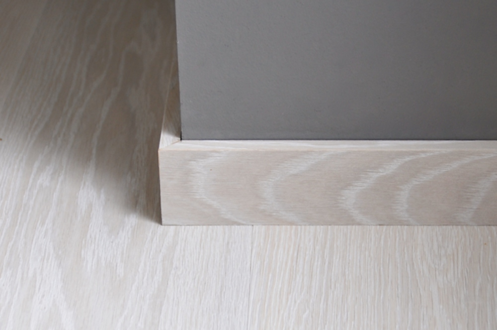 Boen skirtings - Oak Andante white Live Pure detail