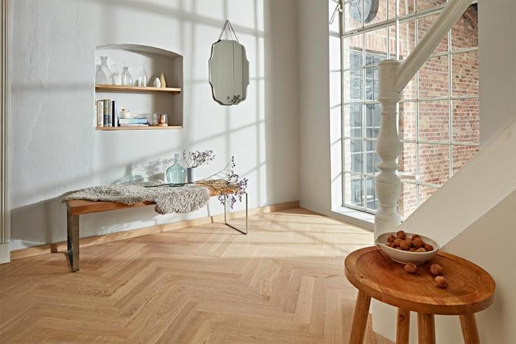 Oak Nature white herringbone pattern